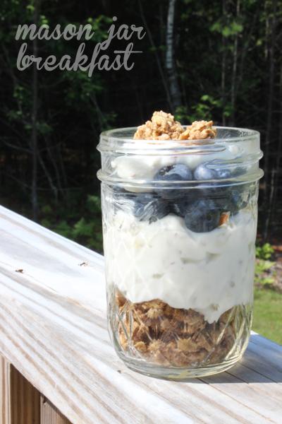 mason-jar-blueberry-cheesecake
