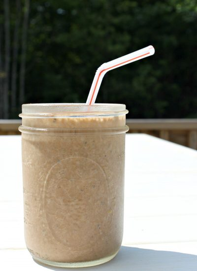 Wendy's Frosty Inspired Smoothie – Healthier Version with Almond Milk & Chia Seeds