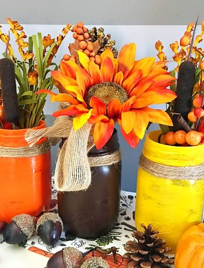 Mason Jar Craft Ideas: Fall Mason Jar Centerpiece
