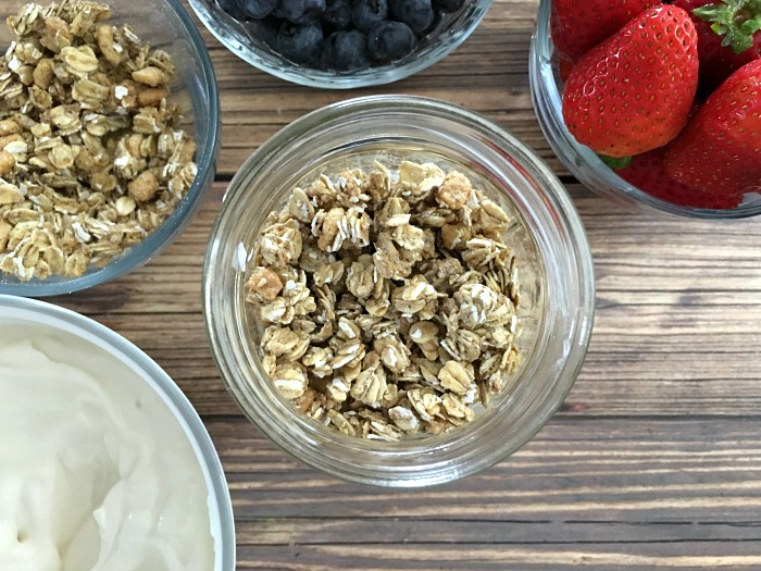 granola for breakfast in a jar