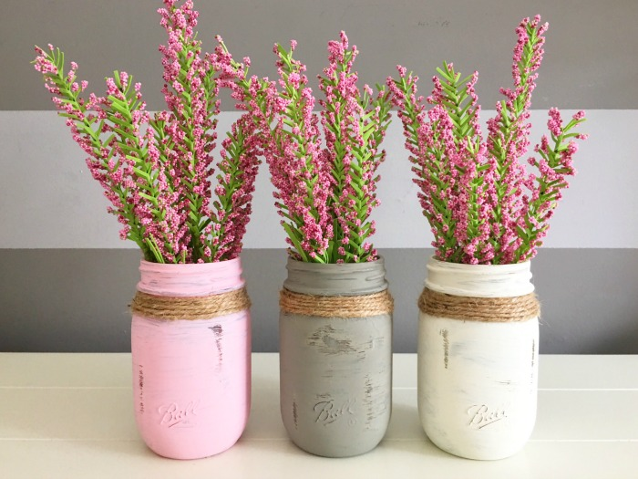 pink Mason jar centerpieces for weddings