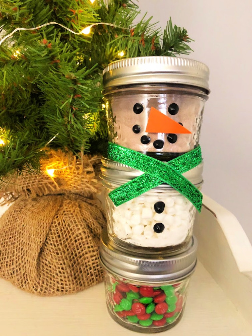 DIY snowman Mason jar