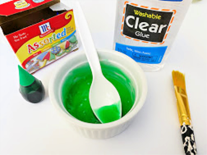 mix glue and food coloring for DIY decor ideas